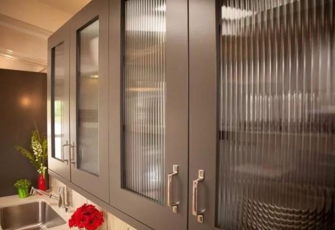 廚櫃玻璃門