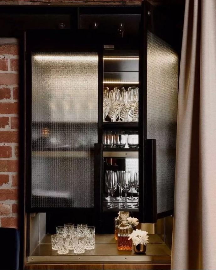 酒櫃玻璃門